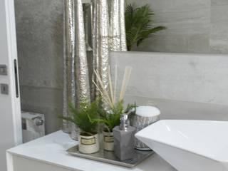 Remodelação, design e decoração de moradia Casas de banho modernas por AtelierAtelier Moderno
