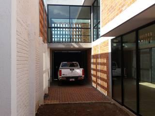 Creer y Crear. Arquitectura/Diseño/Construcción Patios & Decks Bricks Multicolored
