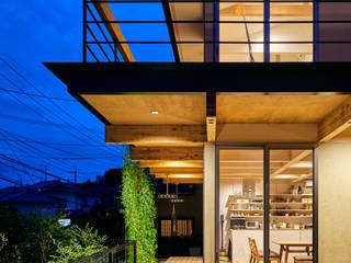 壱分の家 新築工事 モダンデザインの テラス の Echizen Ryouta Design Laboratory モダン