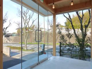 ディライトワークス 新築工事: Echizen Ryouta Design Laboratoryが手掛けたオフィススペース&店です。,