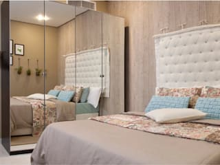 The Beige Bedroom من Aorta the heart of art كلاسيكي