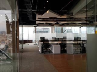 Corporativo: Terumo BTC: Estudios y oficinas de estilo  por Spazzio