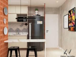 Apto Ondina: Cozinhas embutidas  por Karine Venceslau Arquitetura,Industrial
