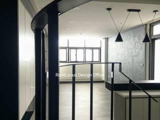 Salas de estilo minimalista de 築本國際設計有限公司 Minimalista