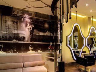 Attractive Corner:  Ruang Kerja by AIGI Architect + Associates