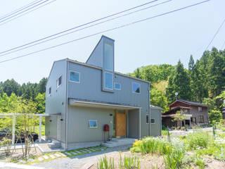 土間キッチンの家 house_in_nishiyama: タイラ ヤスヒロ建築設計事務所/yasuhiro taira architects & associatesが手掛けた木造住宅です。,
