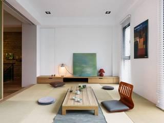 家,就是最真實的美好-百葉簾.蜂巢簾/空間構成:HAO Design 好室設計:  窗戶與門 by MSBT 幔室布緹