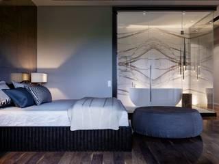 Modern Bedroom by AstudioDesign Modern
