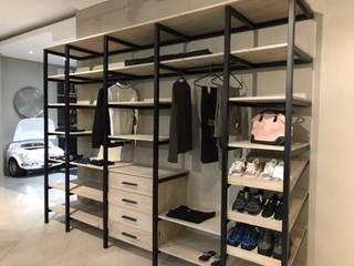 Modern BIC: modern Bedroom by Universal Kitchens & Granite