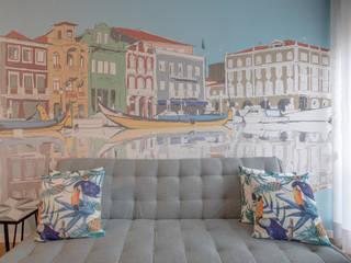 Sofá + Painel :   por EMME Atelier de Interiores