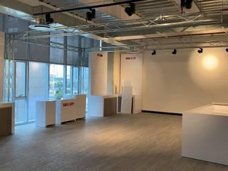 Hik Visión: Estudios y oficinas de estilo  por Spazzio