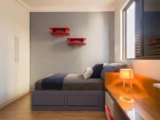 Quarto de Criança | Quarto do Pedro: Quartos dos meninos  por LEZSY | Interior Design,Moderno