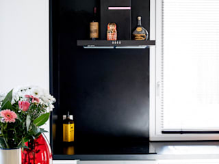 Habitat ouvrier: Cuisine intégrée de style  par Elisabeth Manguin Architecte