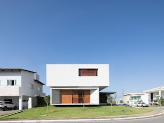 Houses by Martins Lucena Arquitetos