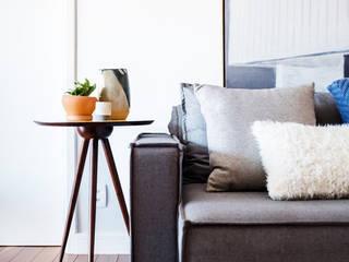 Minimalist living room by Macro Arquitetos Minimalist