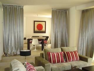 Taller de Interiores Mediterraneos Mediterranean style living room Amber/Gold