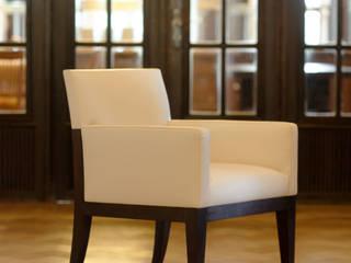 Arm Chair St. Edwards by Moebeldesign Kollektion:   von M-Moebeldesign - Interior by BOCK