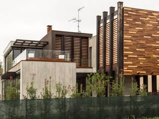 Casa SANTI: Villa in stile  di Francesca Anichini Studio,