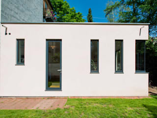 Fassade Eingang: moderne Häuser von sophisticated architecture Fietzek von Dreusche Partnerschaft GmbB