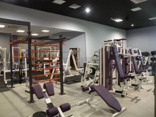 projekt wnętrz siłowni Fitness Planet w Zabrzu od OFF architekci
