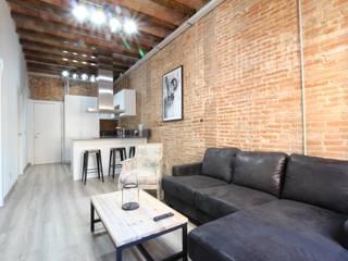 Home Staging: reforma e interiorismo: Salones de estilo  de Home & Daniels, S.L.