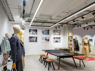 VIART Oficinas y tiendas de estilo ecléctico