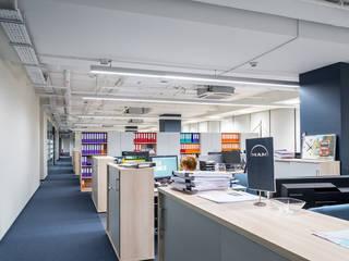 Офис компании MAN: Офисные помещения в . Автор – VIART