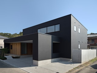 延岡の家 モダンな 家 の Atelier Square モダン