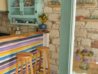 Bej Mimarlık – Alaçatı Langaza Restaurant:  tarz , Rustik