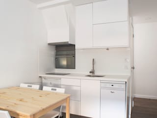 Bancadas de Cozinha - CORIAN por JHST, LDA Moderno