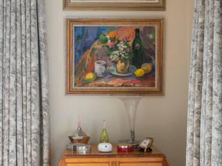 Master Bedroom in West Sussex:   by Elizabeth Bee Interior Design