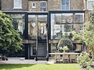Gauden Road by IQ Glass UK Modern