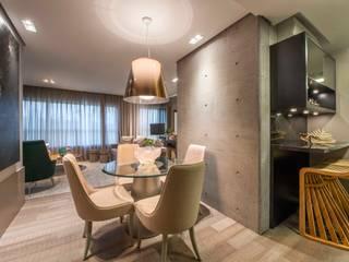 Studio Urbano Salas de jantar modernas por BG arquitetura | Projetos Comerciais Moderno