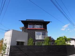 economa Ⅱ[グットデザイン賞]: kameplan architectsが手掛けた木造住宅です。,