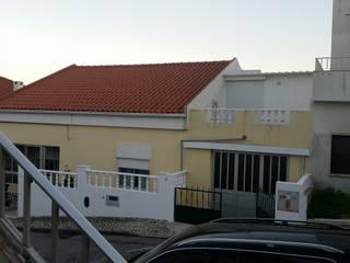 Casas unifamiliares de estilo  por Luis Machás, Clásico