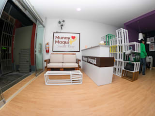 homify Modern study/office