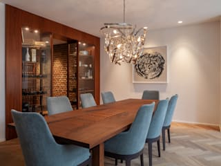 Modern dining room by Sebastian Hopp PHOTOGRAPHY Modern