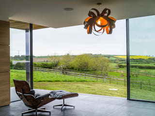 Warwickshire Farmhouse Modern living room by IQ Glass UK Modern