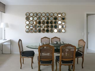 Antoine Chatiliez Classic style dining room