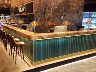 DESTONE YAPI MALZEMELERİ SAN. TİC. LTD. ŞTİ.  – Nusr-Et Steakhouse Bar önü seramikler:  tarz Yeme & İçme