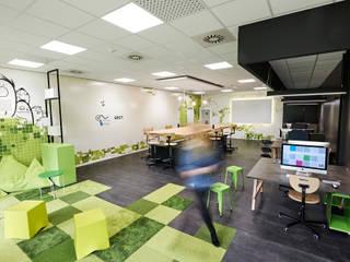 Gamelab Klassenraum:  Schulen von MOYSIG RETAIL DESIGN GMBH