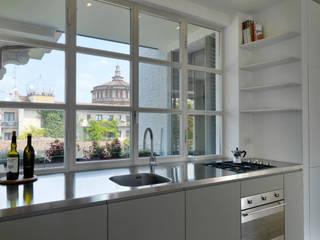 Zenale Building Cucina moderna di FTA Filippo Taidelli Architetto Moderno