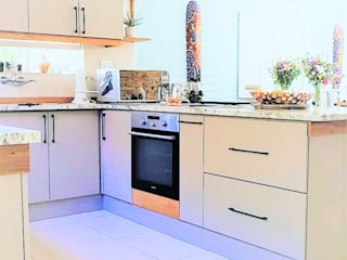 Zingana Kitchens and Cabinetry Built-in kitchens