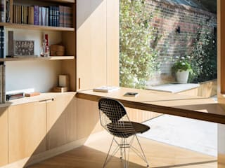 Belsize Lane by IQ Glass UK Minimalist