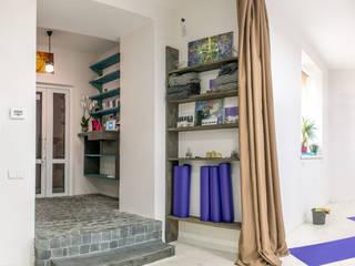 """Design interior Yoga studio """"Telo Club"""": Школы и учебные заведения  в . Автор – Coliba architects"""