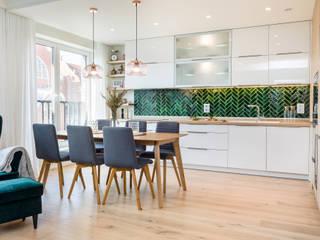 Mieszkanie we Wrocławiu: styl , w kategorii Kuchnia zaprojektowany przez Monika Staniec Interior Design