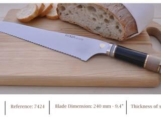 "Bread knife KYNA KNIVES made in Portugal:  {:asian=>""asiático"", :classic=>""clássico"", :colonial=>""colonial"", :country=>""campestre"", :eclectic=>""eclético"", :industrial=>""industrial"", :mediterranean=>""Mediterrâneo"", :minimalist=>""minimalista"", :modern=>""moderno"", :rustic=>""rústico"", :scandinavian=>""escandinavo"", :tropical=>""tropical""} por Industria de Cutelarias - KYNA Knives,"