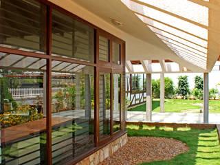 Kalburgi Residence Modern houses by Kembhavi Architecture Foundation Modern