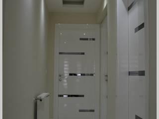 Puertas interiores de estilo  por Bünyamin Erdemir Tasarım ve Uygulama