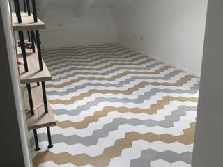 Nowoczesna sypialnia od Romano pavimenti Nowoczesny